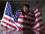 Жительницу Техаса заставили убрать с рабочего места американский флаг